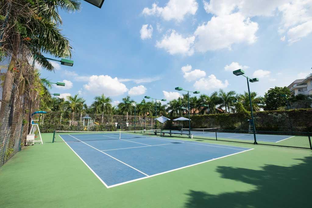 san tennis sunny garden