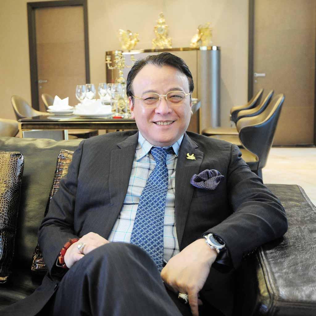 Chủ tịch Tân Hoàng Minh là ai?